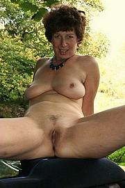 granny-sex446.jpg