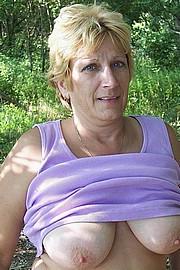 granny-sex495.jpg