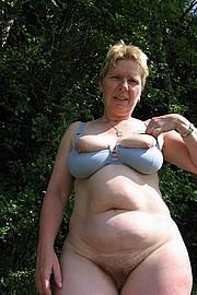 granny-sex496.jpg