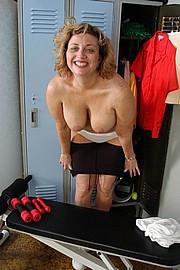 mature-granny-fat024.jpg