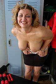 mature-granny-fat025.jpg