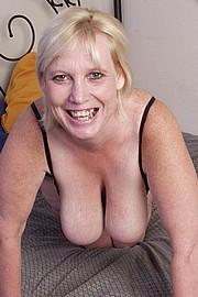 mature-granny-sluts36.jpg