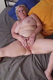 mature-granny-sluts48.jpg