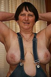 big_granny_pussy497.jpg