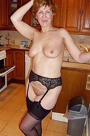 big_granny_pussy423.jpg