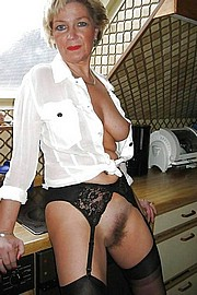 big_granny_pussy426.jpg