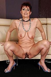 big_granny_pussy411.jpg