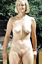 big_granny_pussy404.jpg