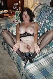 big_granny_pussy400.jpg