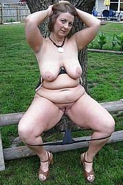 big_granny_pussy388.jpg