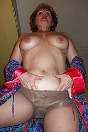 big_granny_pussy364.jpg