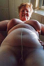 big_granny_pussy366.jpg
