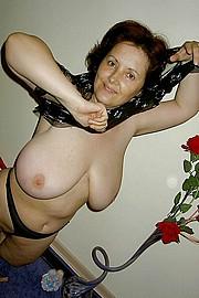 big_granny_pussy359.jpg