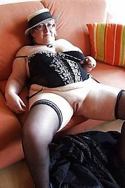 big_granny_pussy353.jpg