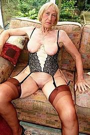 big_granny_pussy344.jpg
