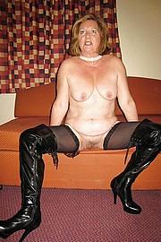 big_granny_pussy330.jpg