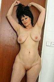 big_granny_pussy331.jpg