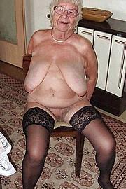 big_granny_pussy327.jpg