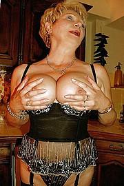 big_granny_pussy314.jpg