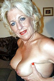 big_granny_pussy299.jpg