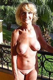 big_granny_pussy258.jpg