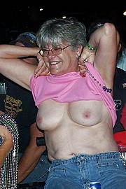 big_granny_pussy259.jpg