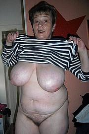 big_granny_pussy260.jpg
