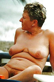 big_granny_pussy226.jpg