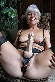 big_granny_pussy209.jpg
