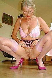 big_granny_pussy206.jpg