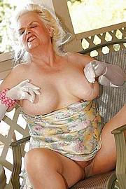 big_granny_pussy193.jpg
