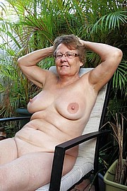 big_granny_pussy196.jpg