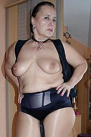 big_granny_pussy458.jpg