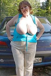 big_granny_pussy460.jpg
