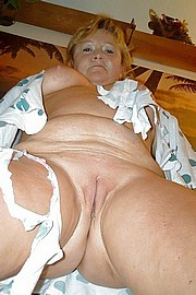 big_granny_pussy462.jpg