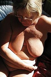 big_granny_pussy187.jpg