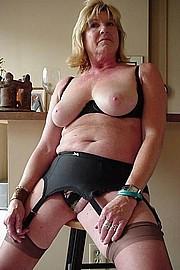 big_granny_pussy178.jpg