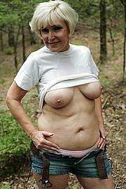 big_granny_pussy180.jpg