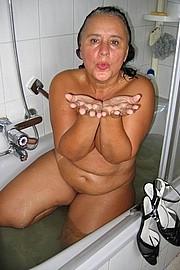 big_granny_pussy169.jpg