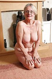 big_granny_pussy172.jpg