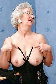 big_granny_pussy154.jpg