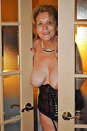 big_granny_pussy157.jpg