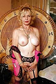 big_granny_pussy151.jpg