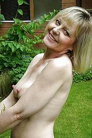 big_granny_pussy146.jpg