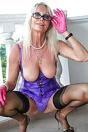 big_granny_pussy455.jpg