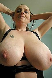 big_granny_pussy133.jpg