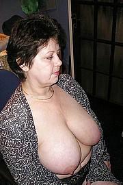 big_granny_pussy134.jpg