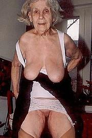 big_granny_pussy137.jpg