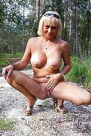big_granny_pussy112.jpg