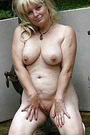big_granny_pussy102.jpg